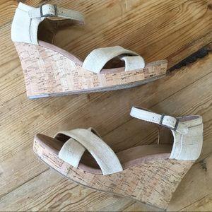 Toms Cream/Tan Platform Wedge Sandals